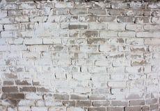 一块老砖的室外白色墙壁 库存图片