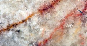 一块老水晶石头的背景在极端特写镜头的 库存图片