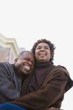 一夫妇拥抱 库存图片
