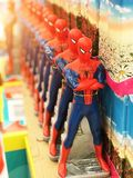 一定数量的蜘蛛人玩具 荷兰男人飞行堡垒保罗・彼得・彼得斯堡餐馆俄国圣徒 2017年11月10日, 免版税库存图片