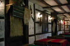 一家种族保加利亚餐馆的传统设计 库存照片