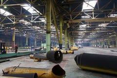 一家被放弃的工厂的修理 免版税库存照片