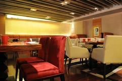 一家豪华旅馆的自助餐厅 免版税库存图片