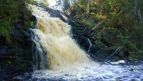 一宽丰富的瀑布 库存图片