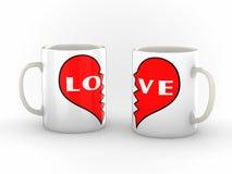 一对残破的有之心的夫妇的咖啡杯 图库摄影