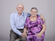 一对年长夫妇的画象八十年 免版税图库摄影