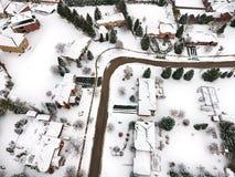 一小镇的鸟瞰图在冬天,加拿大 免版税库存照片