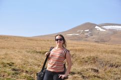 一年轻女人的画象高地的 白种人储备 俄国 免版税图库摄影
