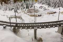 一座偶象老金属捆铁路桥梁盛大嘲笑博物馆是市圣彼德堡 免版税库存图片
