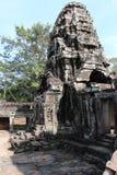 一座古庙的废墟在柬埔寨 库存图片