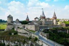 一座古老城堡在Kamyanets-Podilskyy 免版税库存图片