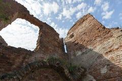 一座古老城堡的废墟 库存照片