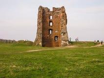 一座古老封建城堡的废墟 库存照片