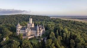 一座哥特式复兴Marienburg城堡的鸟瞰图在下萨克森州,德国 免版税库存图片