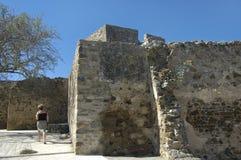 一座城堡的废墟在Mertola村庄 免版税图库摄影