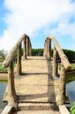 一座平安的小石城桥梁 免版税库存图片