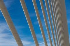 一座桥梁的钢尖端杆在巴伦西亚 库存图片