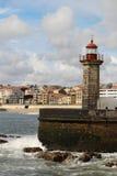 一座灯塔在大西洋海边在波尔图,葡萄牙 免版税库存图片