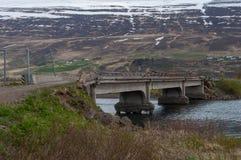 一座老桥梁在冰岛 图库摄影