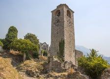一座老钟楼在一个古老堡垒 库存图片