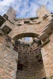 一座老mediaval城堡的塔 免版税库存图片