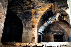 一座被放弃的城堡的老废墟 图库摄影
