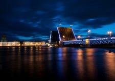 一座被毁坏的桥梁在圣彼德堡 免版税库存照片