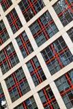 一座高层建筑物的Windows 免版税库存照片
