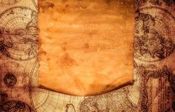 以一张古老地图为背景的空白的老纸 免版税库存照片