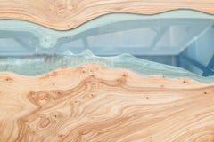 一张木桌的纹理与环氧树脂的 木头顶视图背景的 免版税库存照片