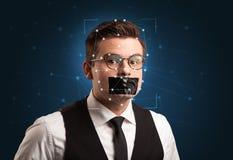 一张面孔的公认通过分层堆积滤网 免版税库存图片