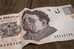 一张500个墨西哥比索票据似乎是哀伤的 库存图片