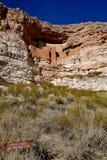 一所古老住宅, Montezuma城堡在亚利桑那 库存图片