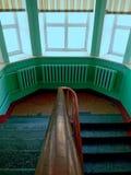一所老孤儿院的楼梯 免版税库存图片