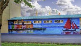 一所非常五颜六色的学校在戈尔韦 免版税库存照片