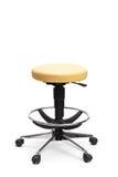 一把可调整的办公室椅子的垂直的射击 库存图片