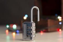 一把开放密码锁 图库摄影