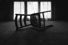 一把椅子在顶楼 库存图片