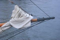 一把高船帆船弓 图库摄影