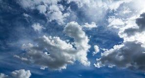 一朵完善的云彩 免版税图库摄影