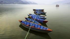 一束尼泊尔小船 库存照片