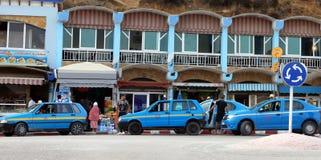 一条出租汽车线在唐基尔,摩洛哥 免版税库存照片