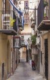一条小的街道在西西里岛 免版税库存图片