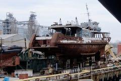 一条小船的修理 库存图片