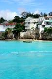 从一条小船的投掷的捕鱼网在巴巴多斯 免版税图库摄影