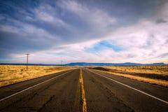 一条开放高速公路在科罗拉多 库存照片