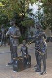 一条影片金刚石胳膊的剧情的雕刻的构成在城市索契 库存图片