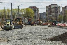 一条新的路的布局和建筑在城市 库存照片
