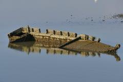 一条木小船的击毁 免版税库存照片