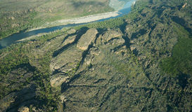 一条河在卡卡杜国家公园,北方领土,澳大利亚的鸟瞰图 库存图片